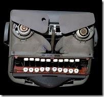 Mad_Typewriter